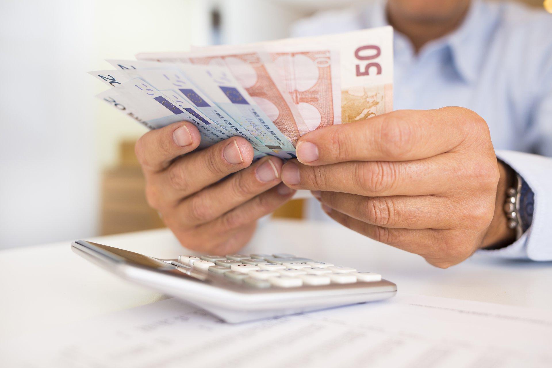 pazīmes, ko meklēt dienas tirdzniecības bitcoin pelnīt naudu tiešsaistē droši